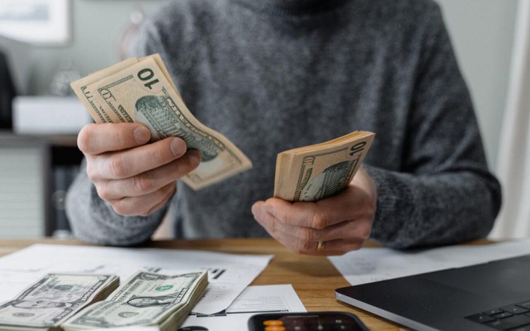 ¿Qué son los gastos de reclamación por saldo deudor?
